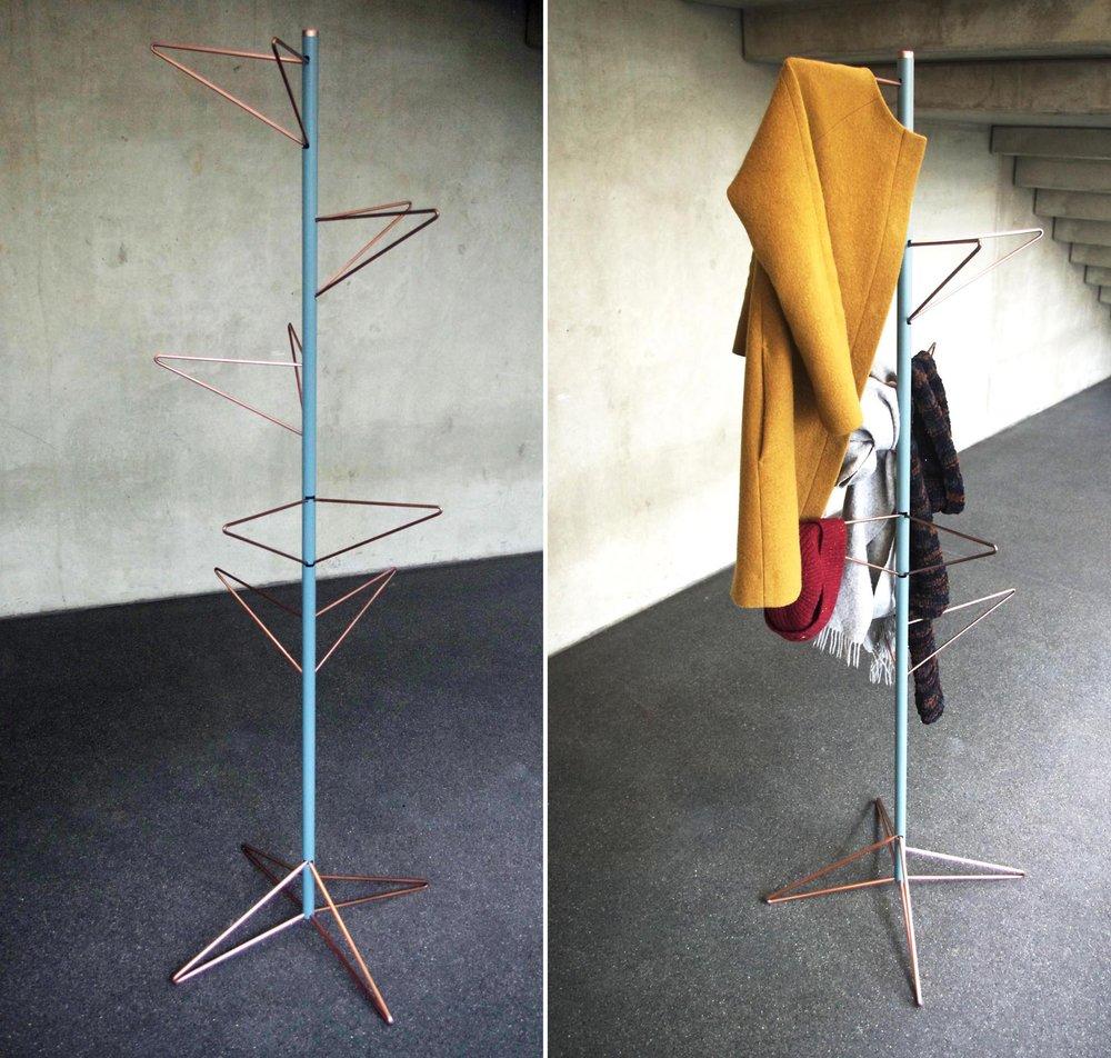 Garderobe von Stefen Topitsch, Foto: Zeichenakademie Hanau