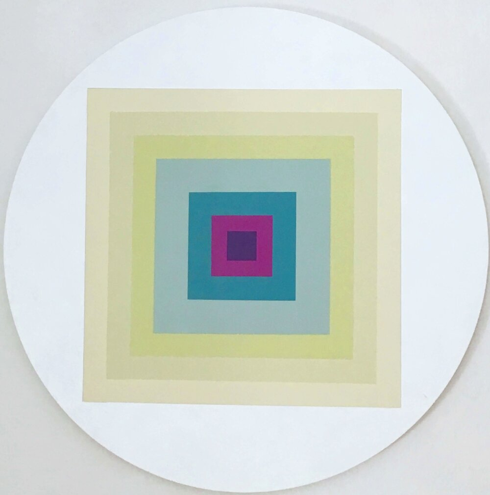 Minimal 5, Acryl auf Leinwand, Durchm. 60 cm x 1,5 cm, 2017, Preis: 300 Euro.