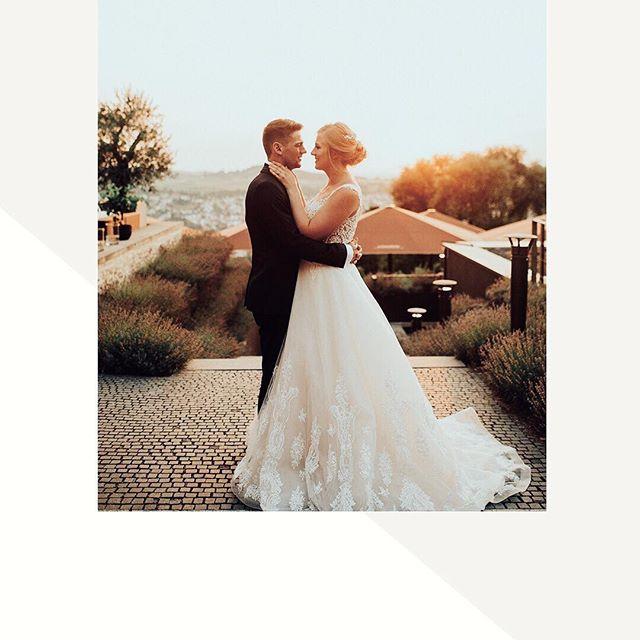 Werbung/Accountverlinkung  Brautstyling @ann_meisner  #Hochzeit #Hochzeitsfotos #wedding #weddingmakeup #visagist #visagistin #visagistaugsburg #visagistmünchen #brautmakeup #bride #brautstyling #brautstylist #brautstylistin #brautstylingaugsburg #brautstylingmünchen #annameisnerhochzeit #makeup #makeupsrtist #augsburg #münchen
