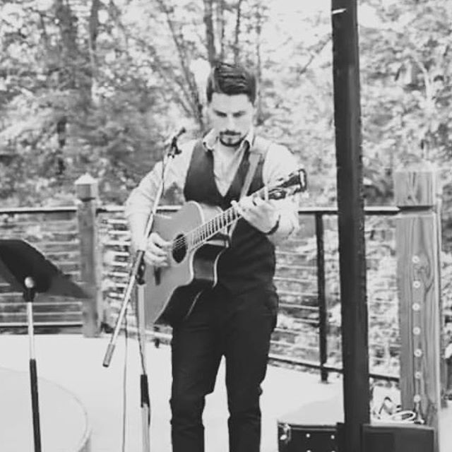 Happy to have @jasongivensmusic back this year! #weddingmusic #acousticguitar #southernbridalfaire