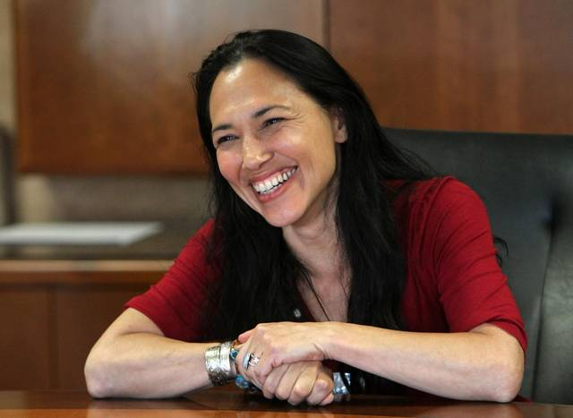Irene Bedard meets with Red Heritage Media. Photo courtesy of:  The Herald