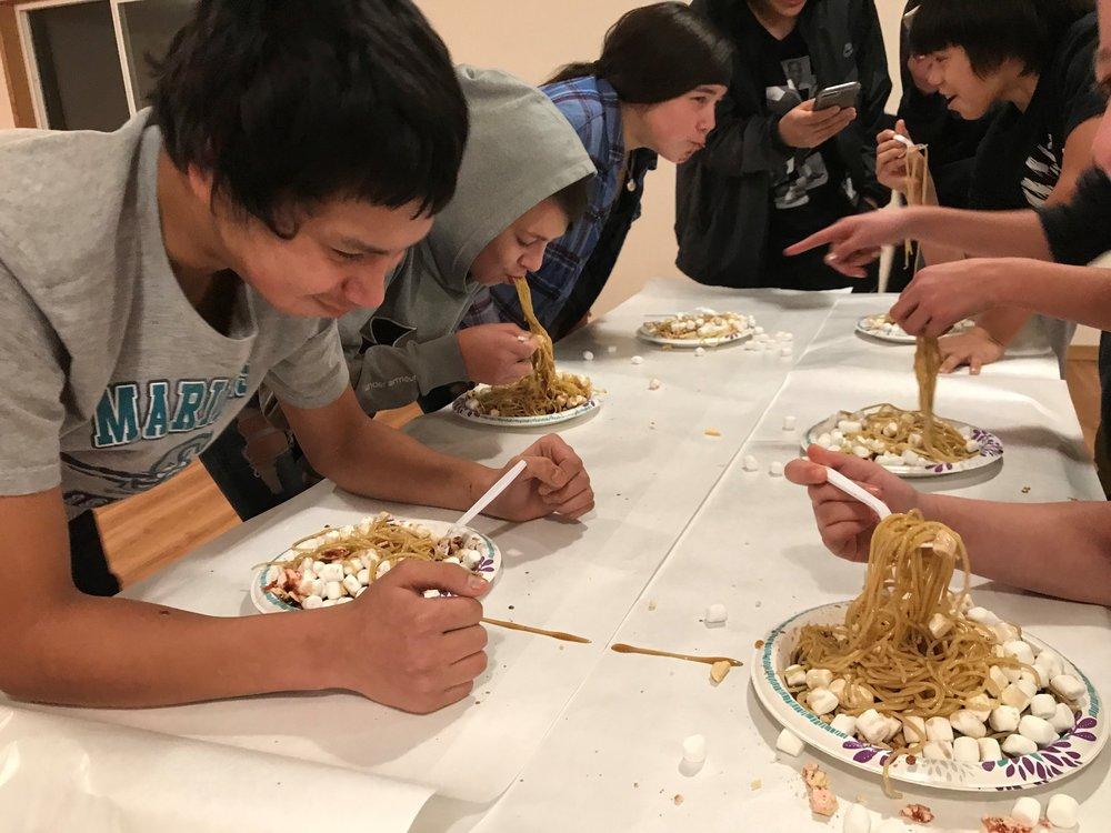 youth night eating game neah bay washington makah lutheran lutheran indian ministries