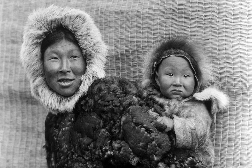 alaskan_woman_child_1050x700.jpg wikipedia lutheran indian ministries native news