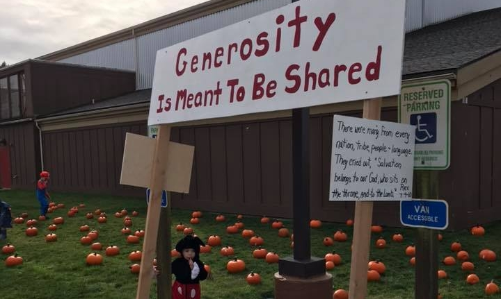 generosity pumpkin patch trunk or treat makah lutheran neah bay washington state ben maxson lutheran indian ministries.jpg
