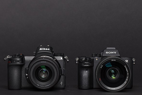 Both the Nikon Z7 and the Sony  α 7R III use USB-C for data transfer./DPReview