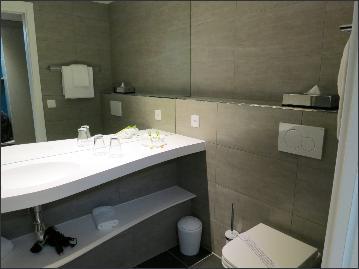 bathroom 267.jpeg