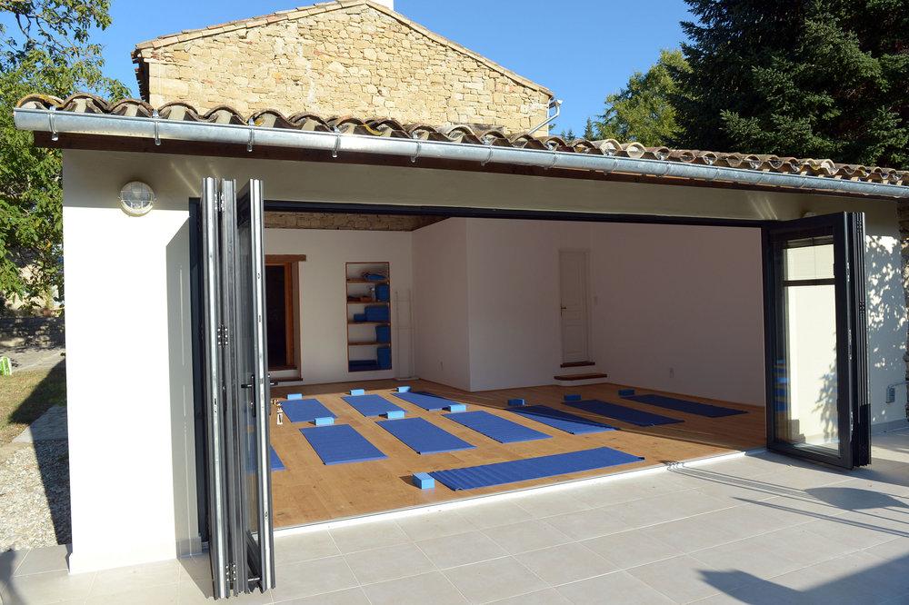 Studio & equipment with terrace.JPG