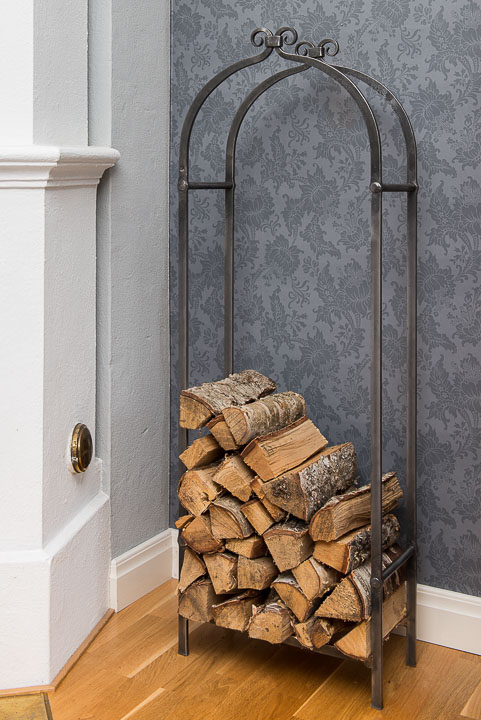 20150906_1_firewood_storage.jpg