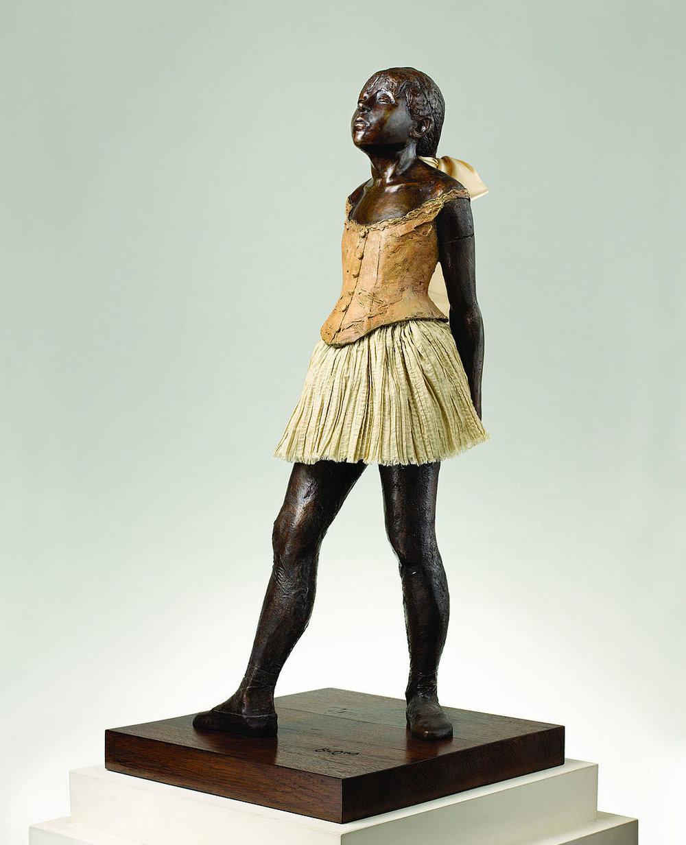Edgar_Degas_La_Petite_Danseuse_de_Quatorze_Ans_cast_in_1997.jpg