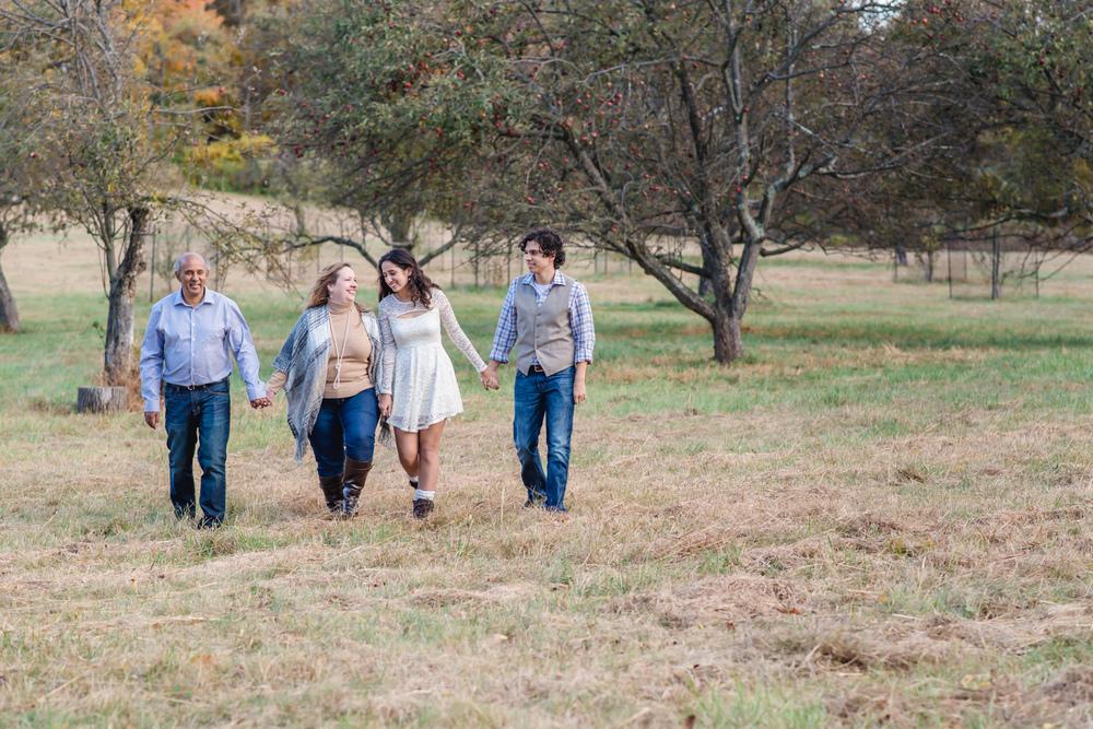 Pontes Family 2015-225.jpg