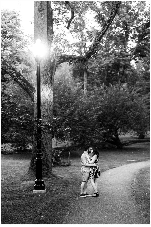 Jen and Steve Engagement_1769.jpg