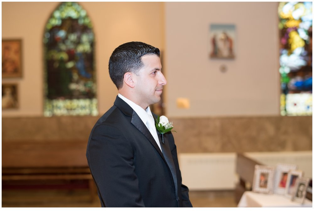 groom seeing bride for the first time