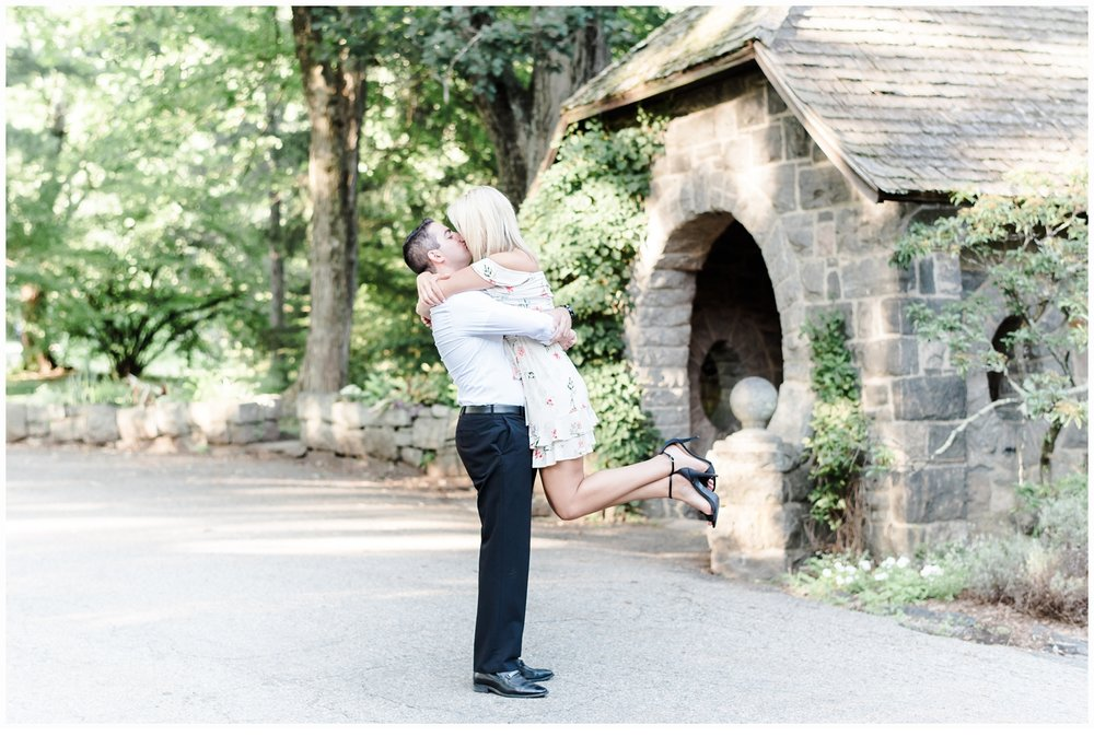 couple engagement session at skylands manor