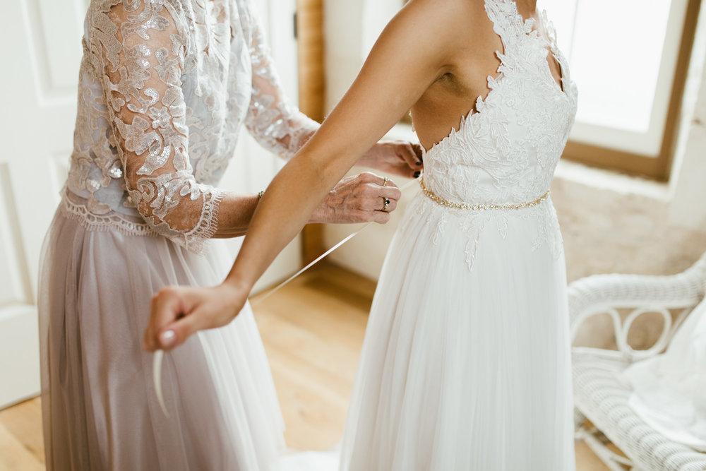 romantic winter wedding // adventure wedding photographer // www.abbihearne.com