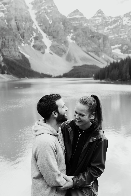 banff national park couple photo session // best of 2016 // adventure wedding photographer // www.abbihearne.com