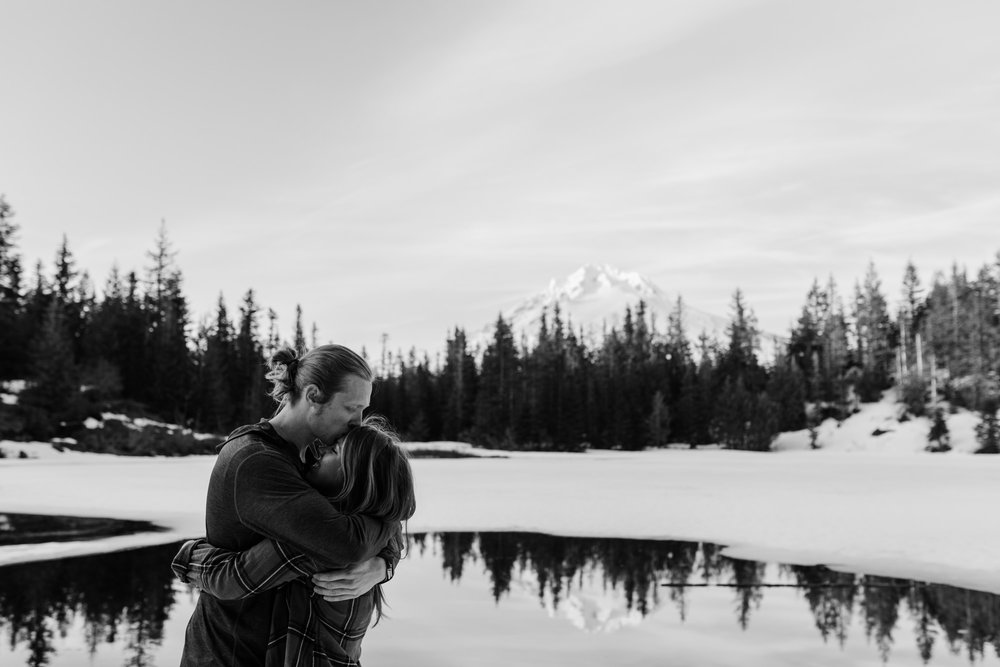 Lindsay + Heath | Mt. Hood National Forest Engagement Session | Portland, Oregon Adventure Wedding Photographer | Snowy Adventure in the Mountains | www.thehearnes.com