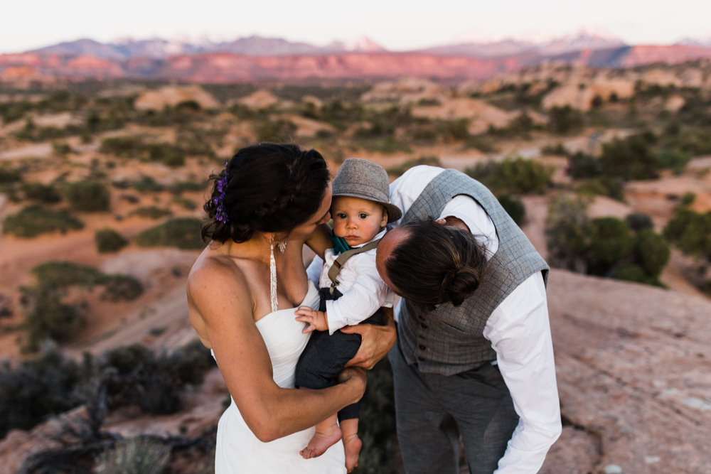 backyard wedding in Moab, Utah | Adventure Wedding Photography | www.thehearnes.com