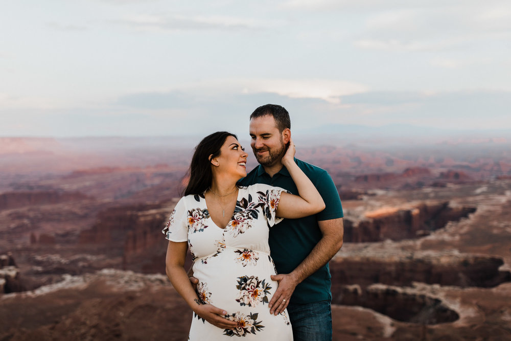 adventurous desert maternity session | canyonlands national park | moab, utah wedding photographer | www.thehearnes.com | the hearnes adventure photography