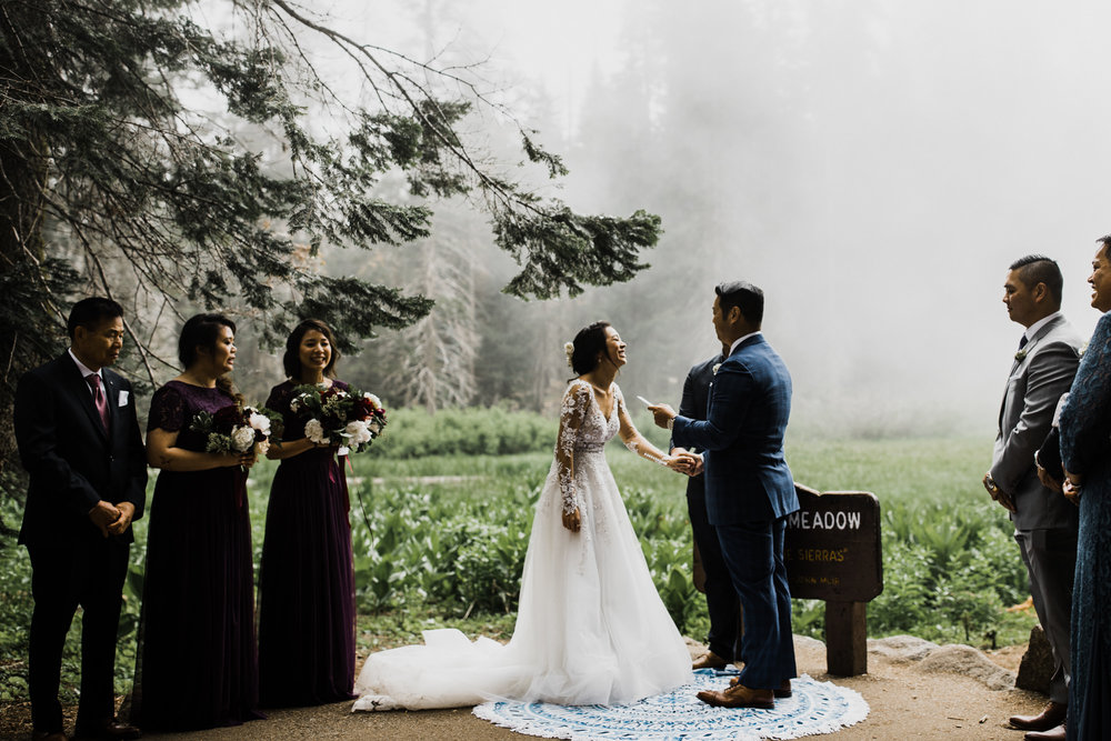 ceremony in sequoia national park | foggy intimate wedding day in a giant forest | california adventure elopement photographer | the hearnes adventure photography | www.thehearnes.com