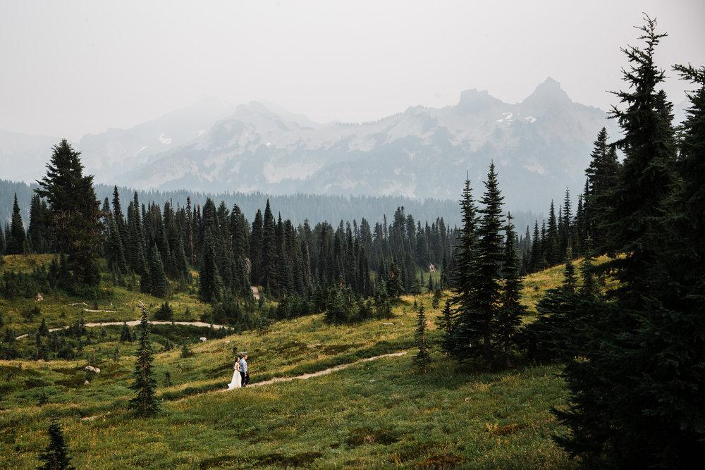 erin + ryan's intimate wedding in mount rainier national park | washington adventure elopement photographer | BHLDN adventurous mountain bride | the hearnes adventure photography | www.thehearnes.com