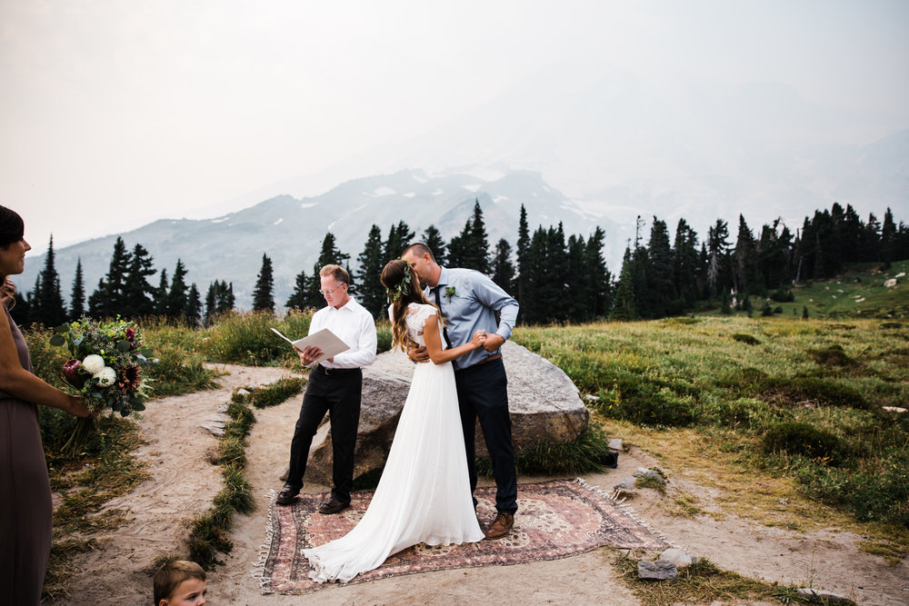 erin + ryan's intimate wedding in mount rainier national park | washington adventure elopement photographer | BHLDN adventurous mountain bride | the hearnes adventure photography | www.thehearnes.com