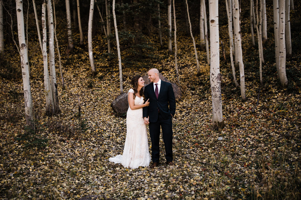 JENNY + ASHLEY'S MOUNTAINTOP INTIMATE WEDDING | TELLURIDE, COLORADO ELOPEMENT PHOTOGRAPHER | FALL MOUNTAIN WEDDING INSPIRATION | the hearnes adventure photography | www.thehearnes.com