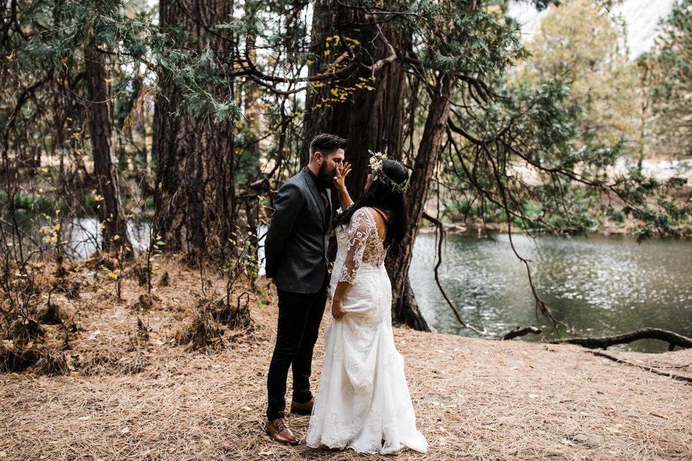 chris + jen's intimate yosemite wedding | yosemite adventure wedding photographer | the hearnes adventure photography | www.thehearnes.com