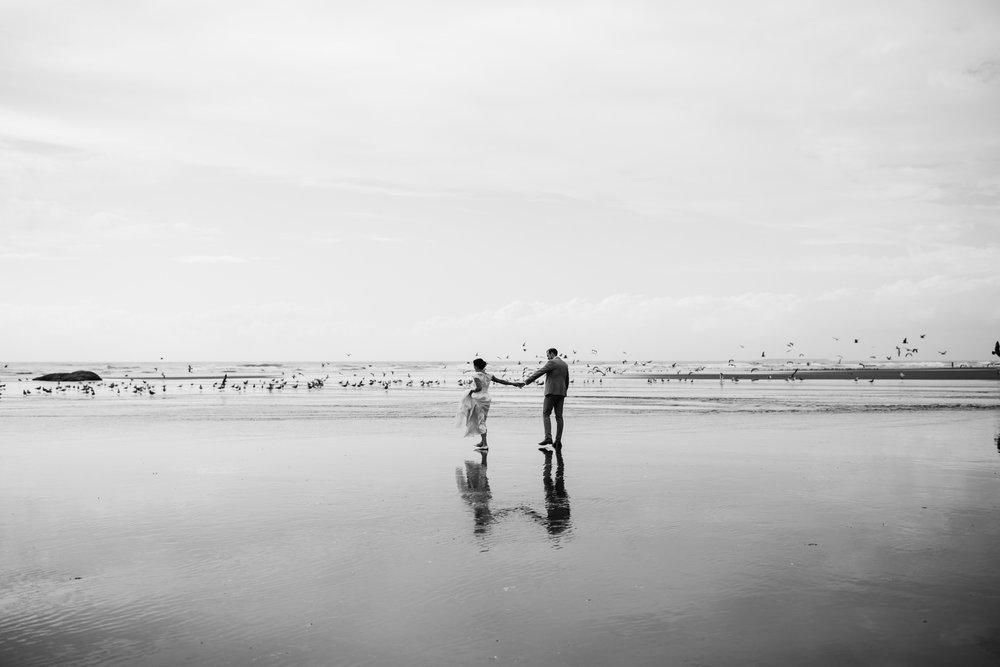 olympic national park pnw coast elopement | destination adventure wedding photographers | the hearnes adventure photography | www.thehearnes.com