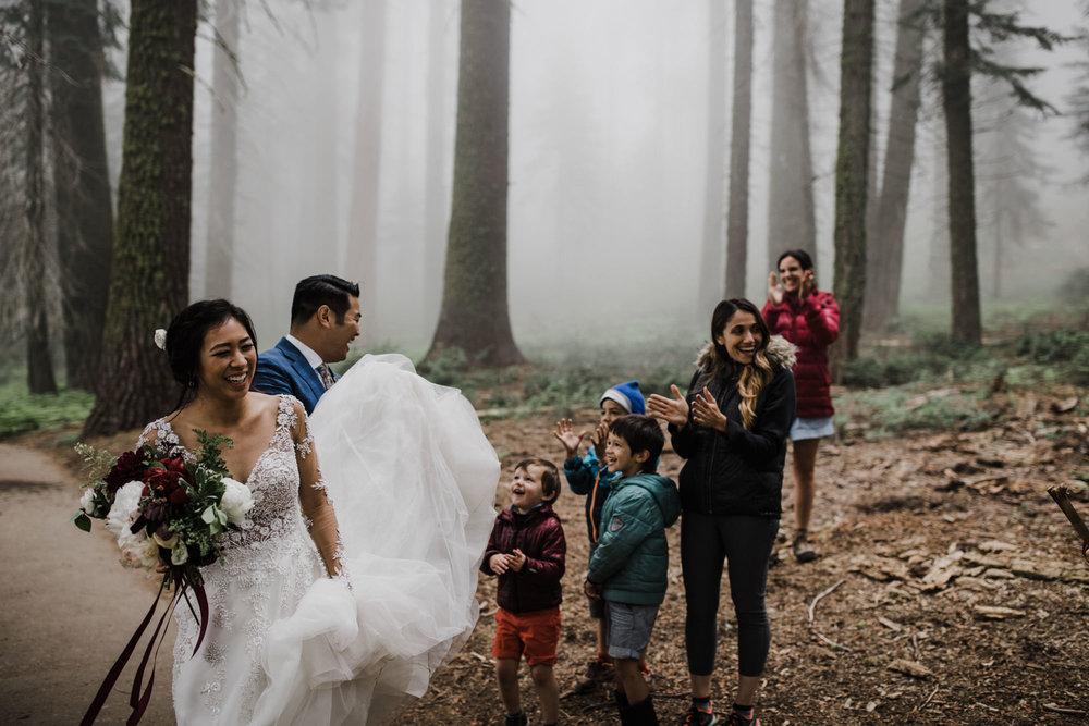 foggy sequoia national park elopement | destination adventure wedding photographers | the hearnes adventure photography | www.thehearnes.com