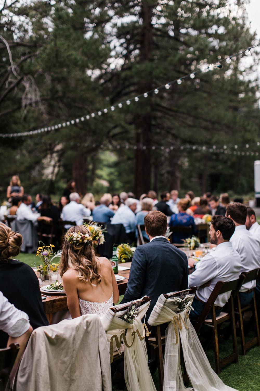 intimate outdoor wedding reception near lake tahoe | destination adventure wedding photographers | the hearnes adventure photography | www.thehearnes.com