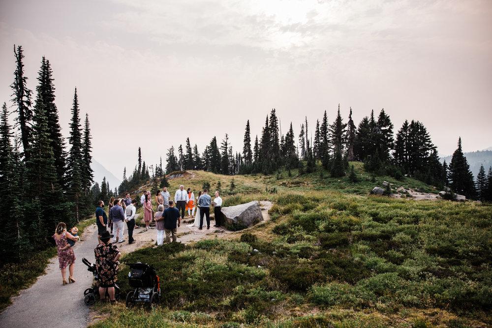 intimate wedding day in mount rainier national park | destination adventure wedding photographers | the hearnes adventure photography | www.thehearnes.com
