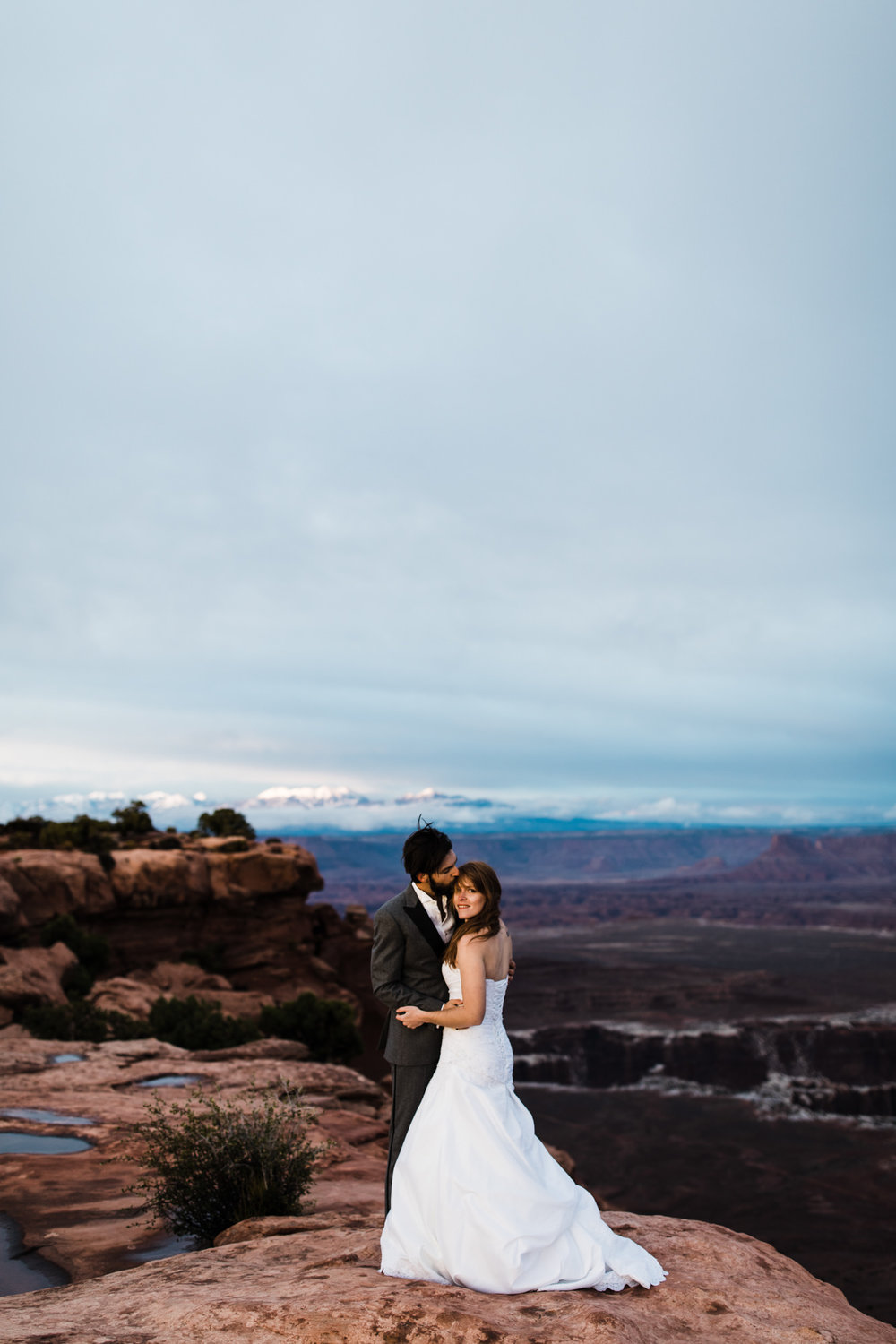 elopement in canyonlands national park | destination adventure wedding photographers | the hearnes adventure photography | www.thehearnes.com