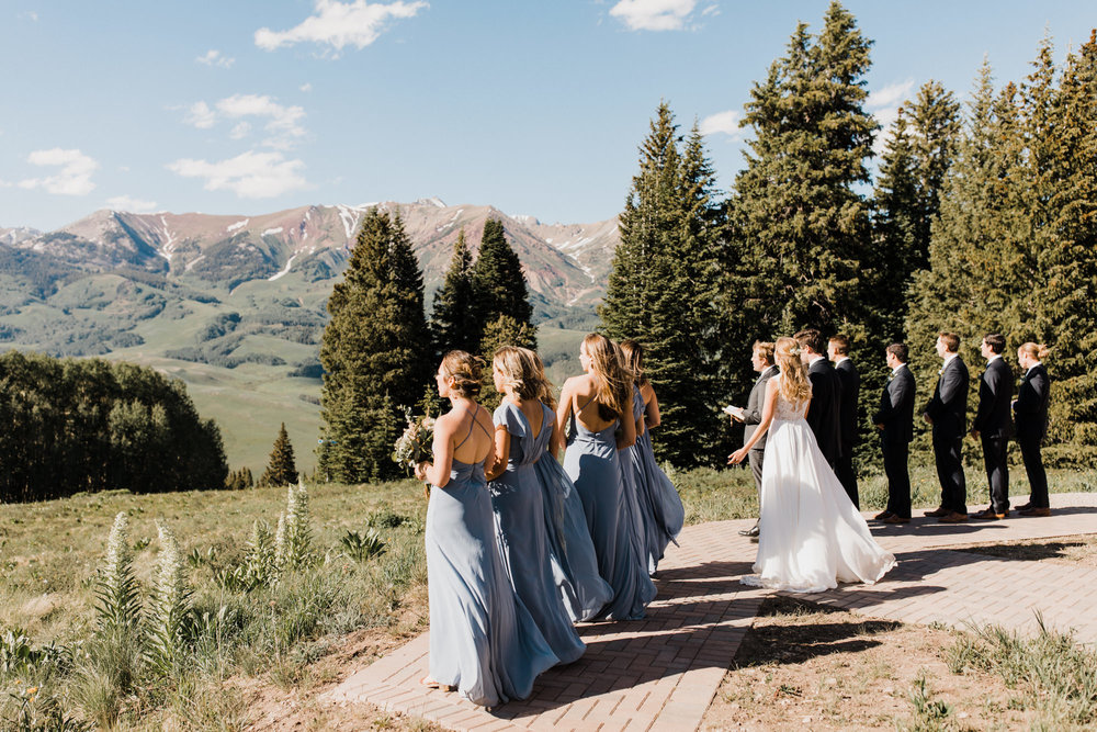 created butte ski resort intimate wedding day surrounded by mountains | destination adventure wedding photographers | the hearnes adventure photography | www.thehearnes.com