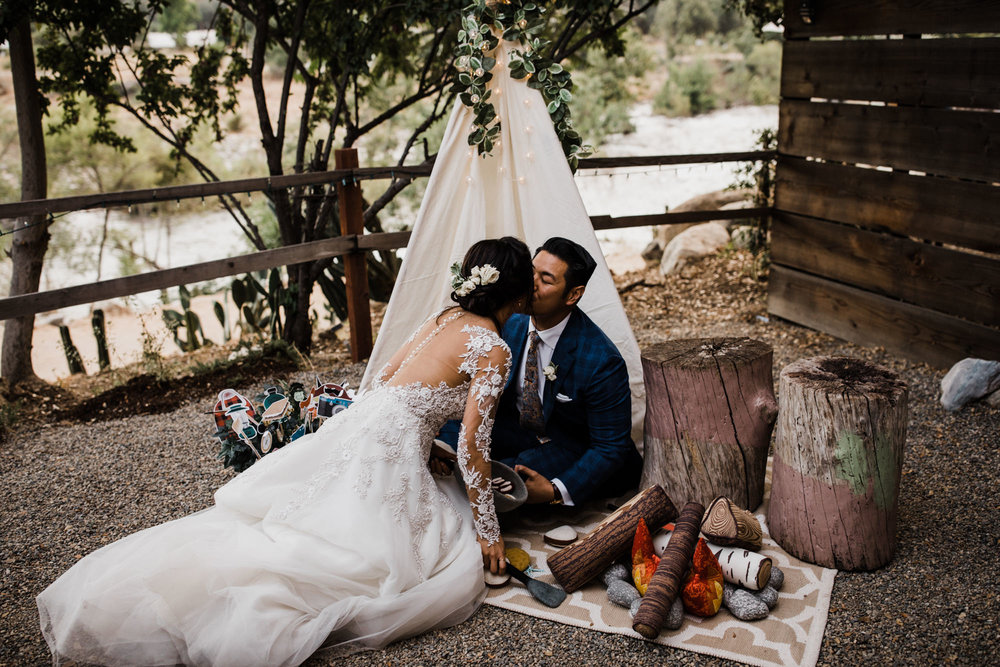 intimate wedding in sequoia national park | destination adventure wedding photographers | the hearnes adventure photography | www.thehearnes.com