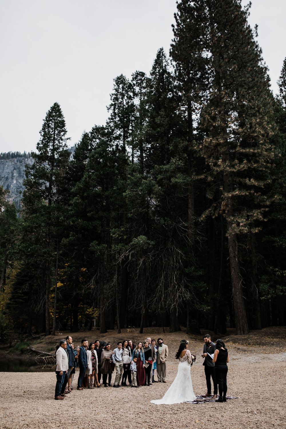 intimate fall wedding day in yosemite national park | destination adventure wedding photographers | the hearnes adventure photography | www.thehearnes.com