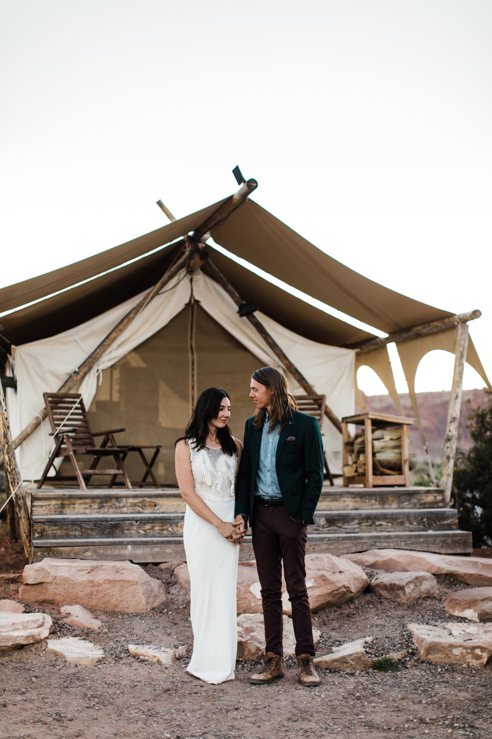 canyonlands national park elopement at moab under canvas | destination adventure wedding photographers | the hearnes adventure photography | www.thehearnes.com