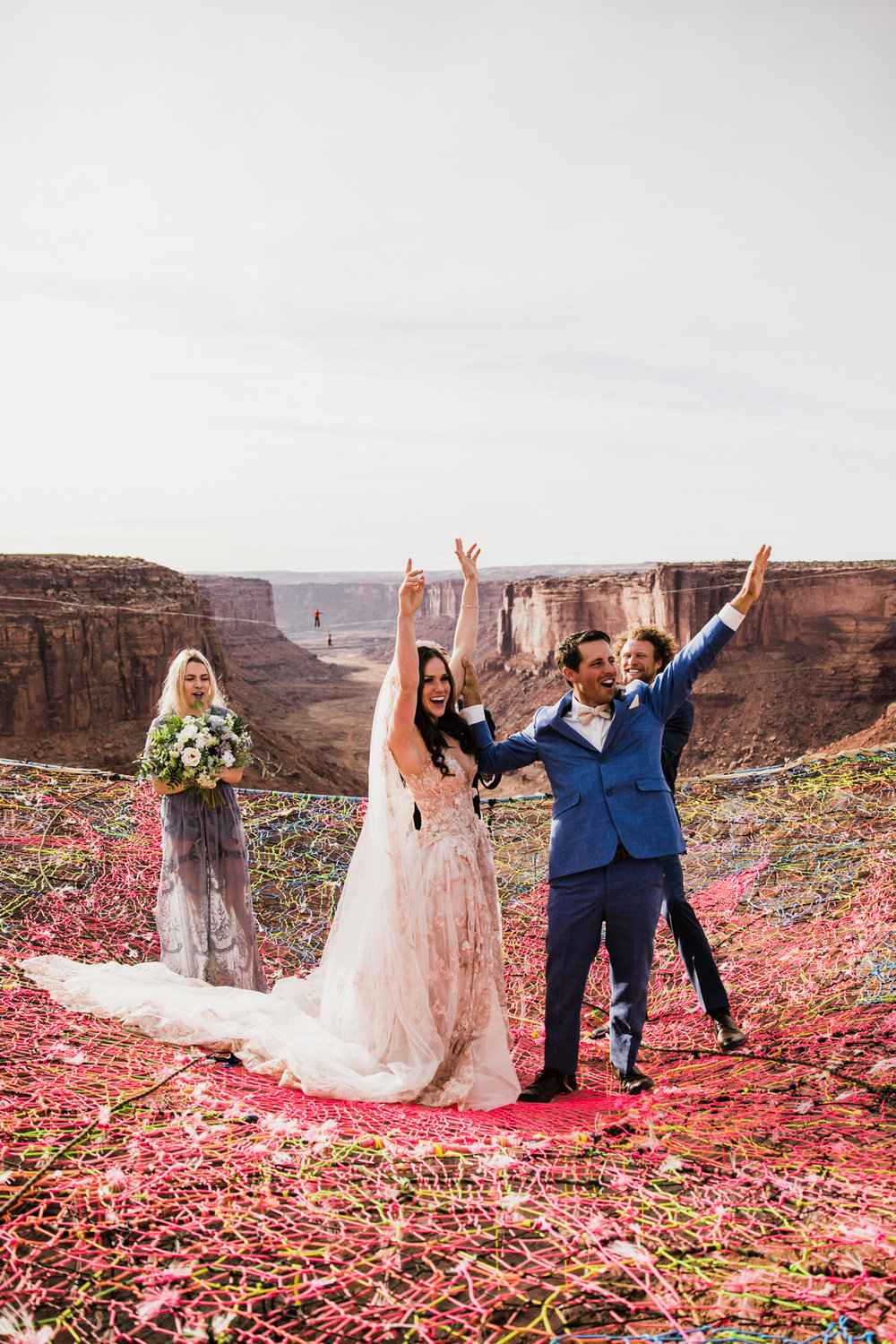 moab, utah spacenet wedding over a canyon | destination adventure wedding photographers | the hearnes adventure photography | www.thehearnes.com