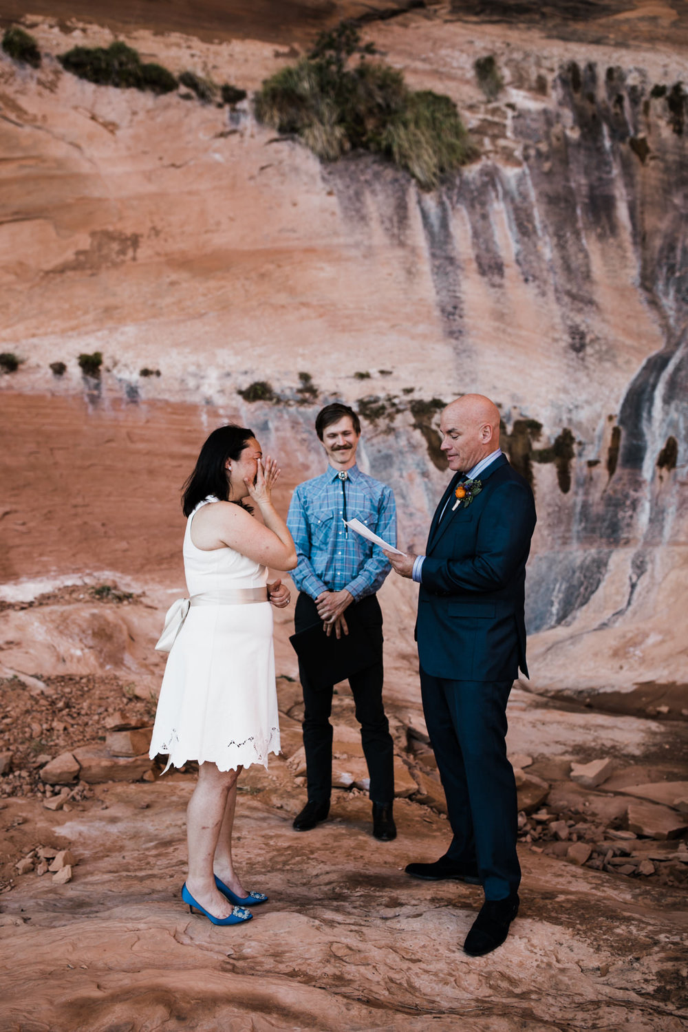 hiking elopement in moab, utah | destination adventure wedding photographers | the hearnes adventure photography | www.thehearnes.com