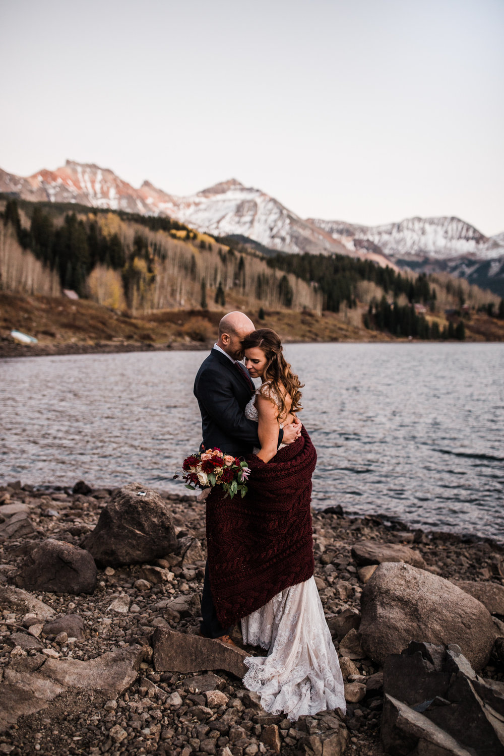 intimate elopement in telluride, colorado | destination adventure wedding photographers | the hearnes adventure photography | www.thehearnes.com