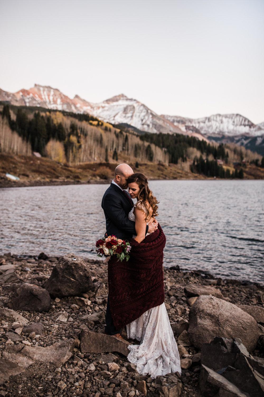 intimate elopement in telluride, colorado | destination adventure wedding photographers | the hearnes adventure photography | www.thehearnes.com