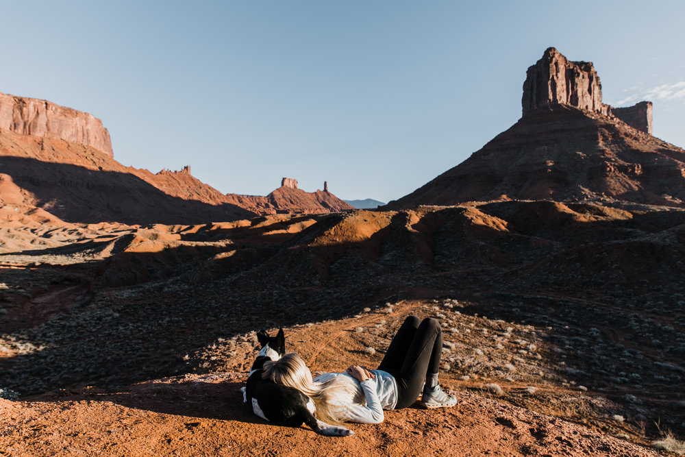 hiking with dogs in moab utah | utah and california adventure elopement photographers | the hearnes adventure photography | www.thehearnes.com