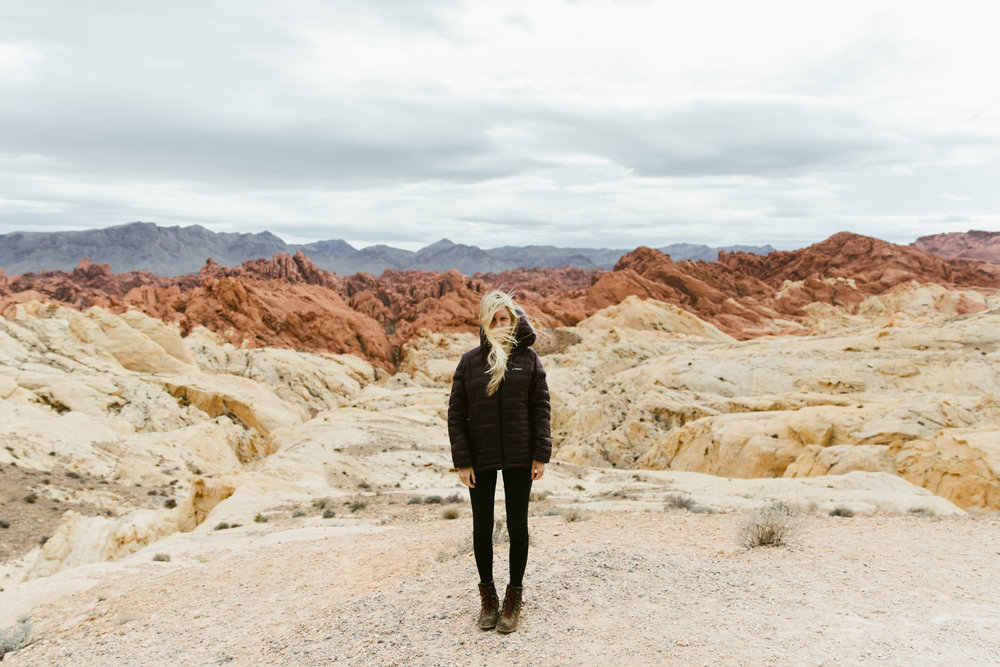 valley of fire state park | utah and california adventure elopement photographers | the hearnes adventure photography | www.thehearnes.com