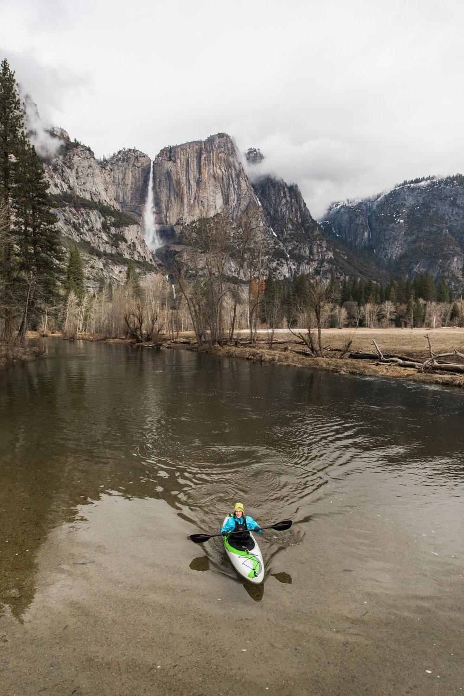 kayaking the merced in yosemite | utah and california adventure elopement photographers | the hearnes adventure photography | www.thehearnes.com