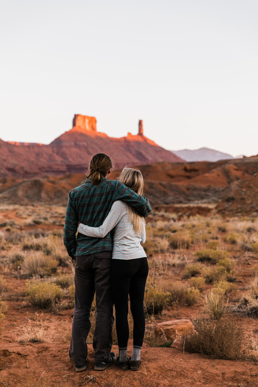 camping in moab utah | utah and california adventure elopement photographers | the hearnes adventure photography | www.thehearnes.com