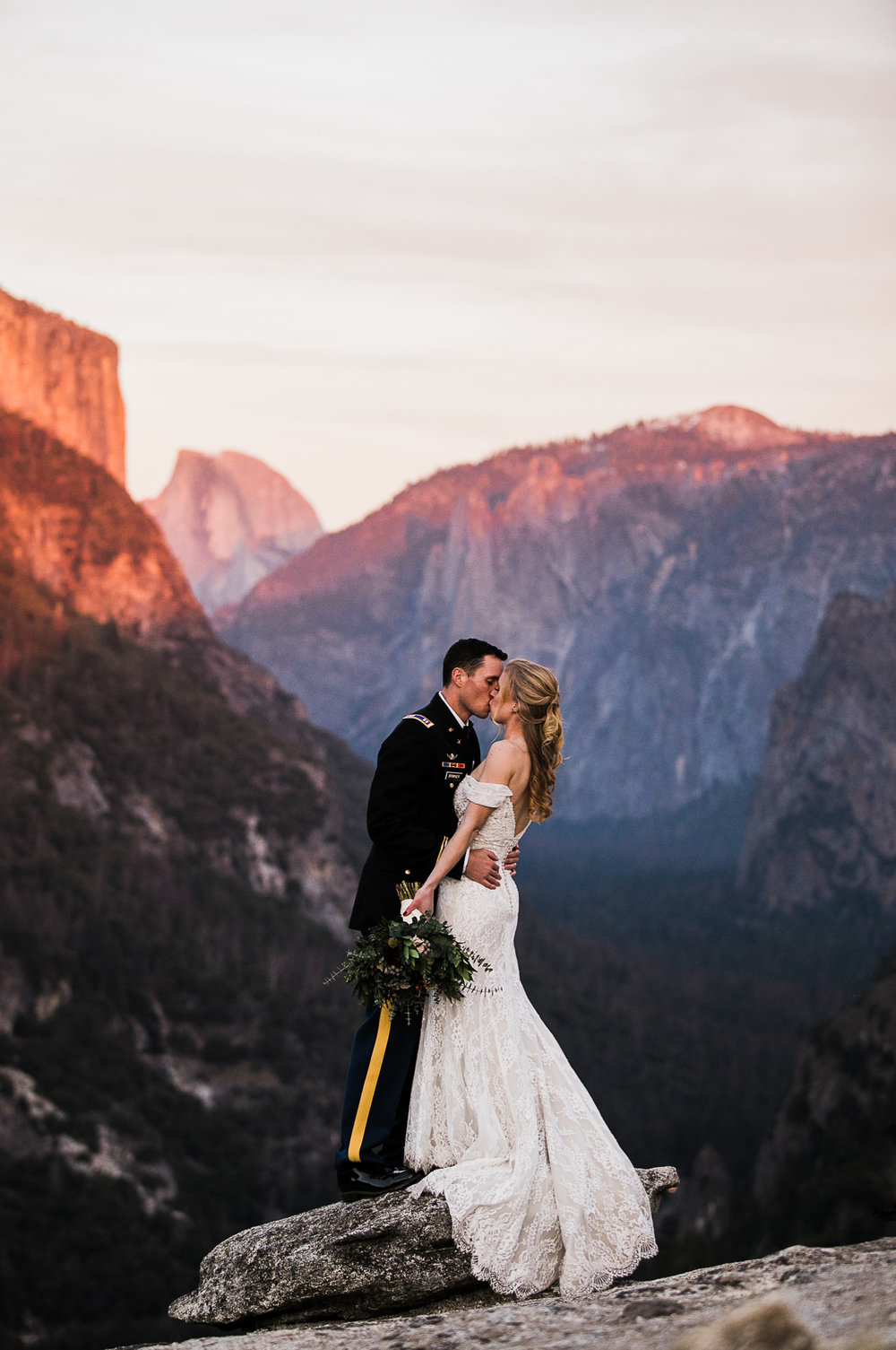 yosemite national park intimate wedding photographers