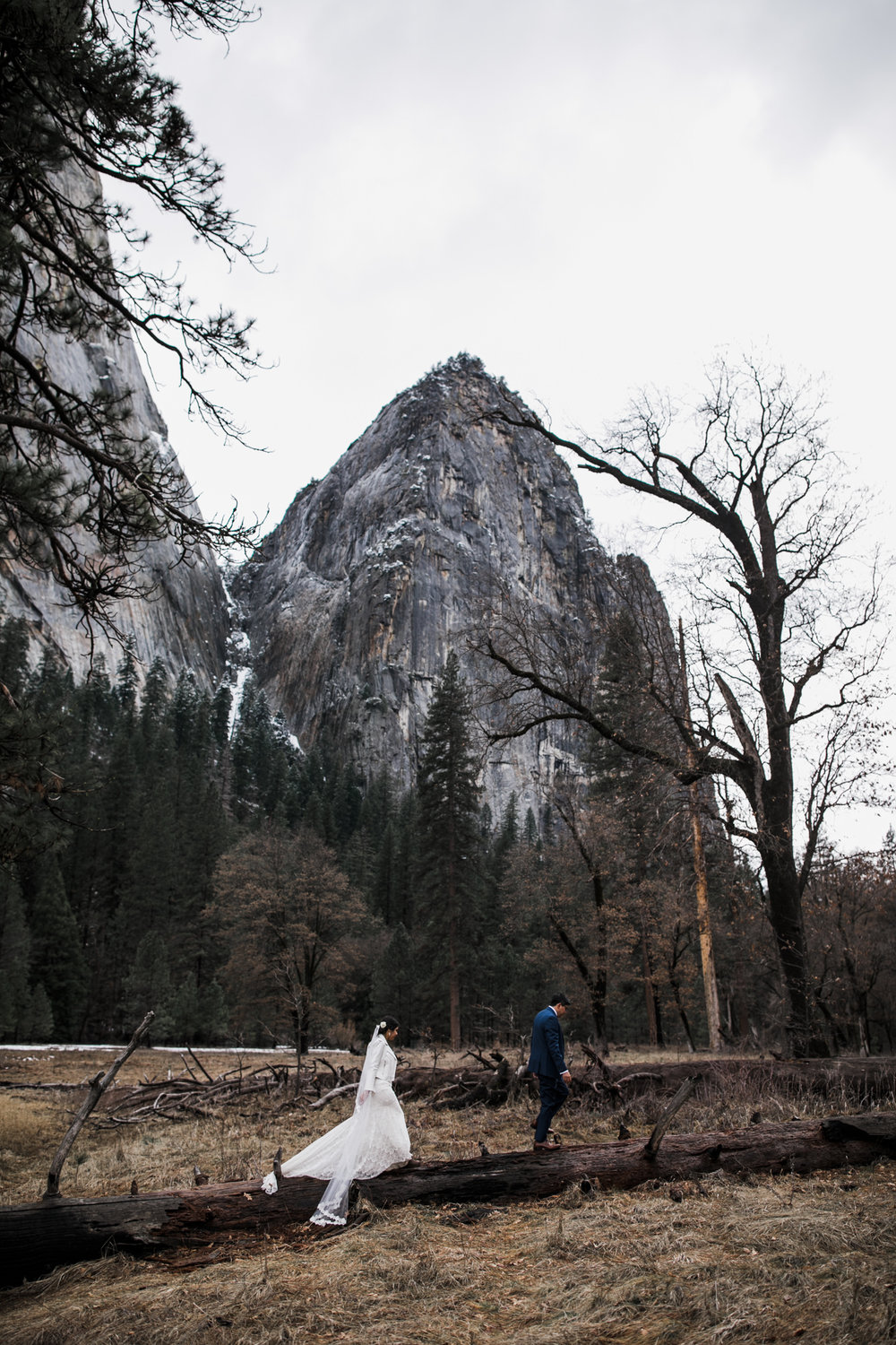 adventurous wedding photos in yosemite