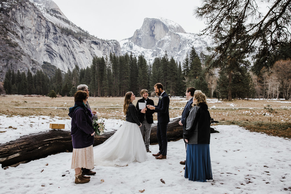 snowy elopement wedding ceremony in yosemite national park | The Hearnes Adventure Photography