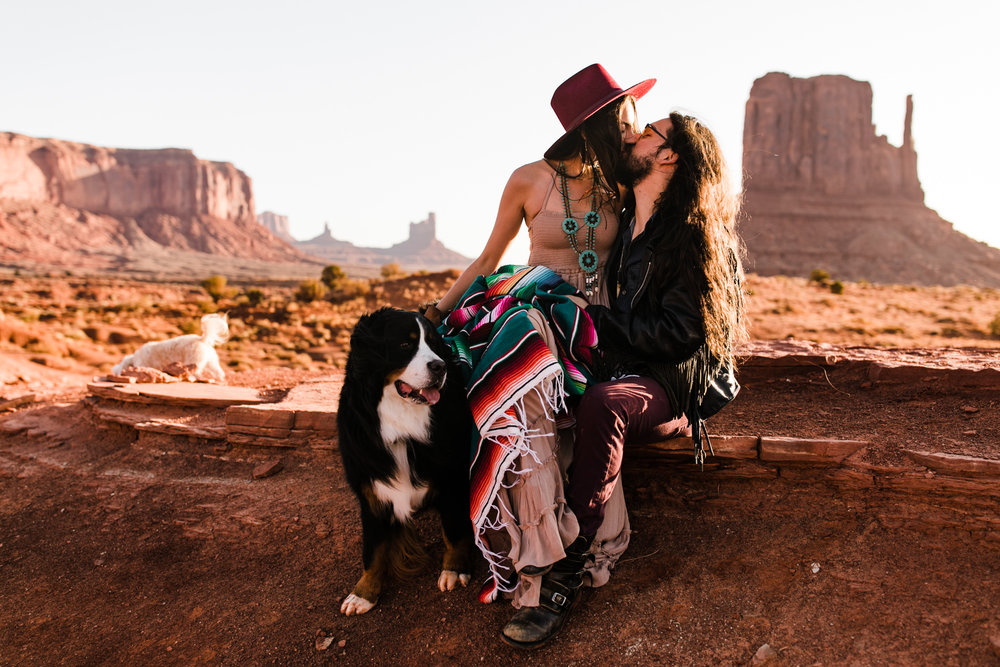 rachel + ryan's western stylish engagement session in monument valley | desert elopement inspiration | boho southwestern style | the hearnes adventure photography | www.thehearnes.com