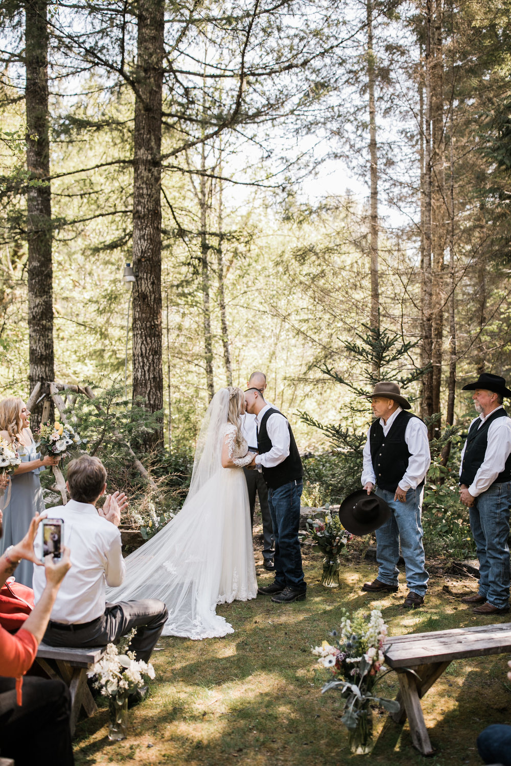 intimate ceremony at an airbnb cabin in washington | wedding ceremony in a forest | first dance in the mountains | national park elopement photographer