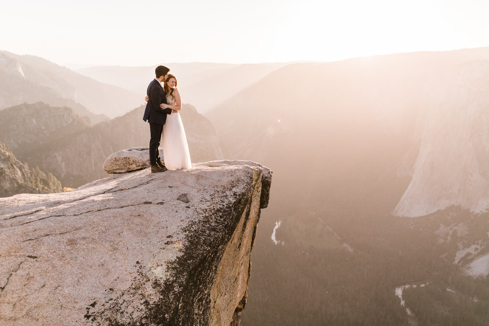 Hearnes-Elopement-Photography-Yosemite-Wedding-Photographer-Taft-Point-Adventure-17.jpg